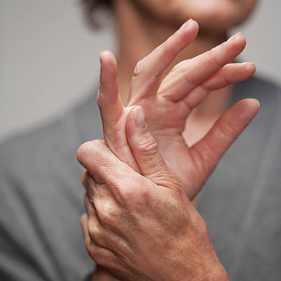 a csukló és a kéz ízületi gyulladásának kezelése