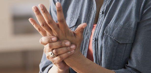 a kéz ízületeinek gyulladása hogyan kell kezelni fájdalom a csípőben és a lábban