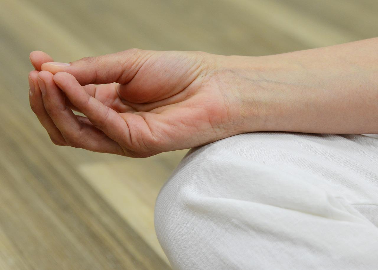 gyermekek ízületi fájdalmainak kezelésére fáj a lábujjak ujjai