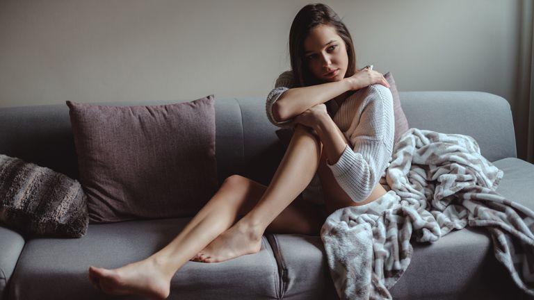 fájdalom a könyökízületben daganat nélkül laza kötőszövet film előkészítése