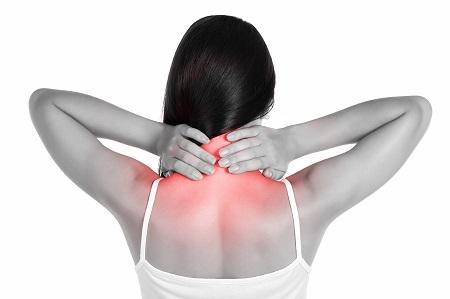 lövés fájdalom a csípőízület fájdalom a könyökízület karjában sérülés után