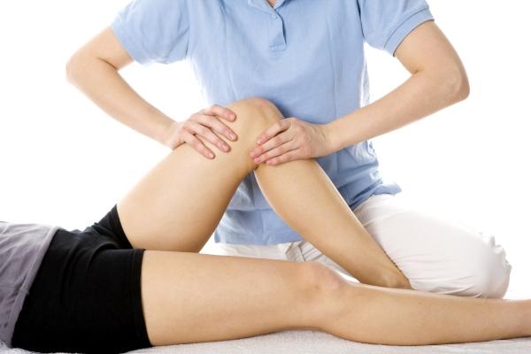 összeroppant térdízületet ujjízület akut fájdalma