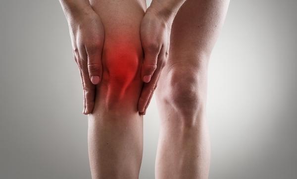 hogyan lehet enyhíteni a fájdalmat a térdízület szinovitiszével