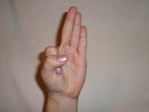 kúpok kezelése az ujjak ízületein